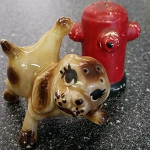 VINTAGE Pup and hydrant Salt and pepper shakers